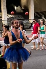 Malabarismo (dminoruh) Tags: malabarismo artista juggling sãopaulo streetartist avenidapaulista