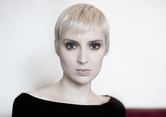 Autumn (giorgiabornetophotography) Tags: blue eyes portraot beauty sensual face model girl woman closer 85mm