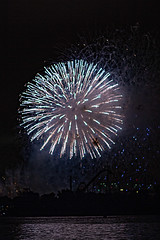 C58R4108 (Nick Kozub) Tags: big bang fireworks canada loto quebec international competition 2016 canon eos 1dx ef 85 f12 ii l usm explosive projectile burst water jackson pollock nocturnal night reflection festival la ronde summer the wild west