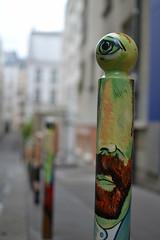 Cyklop (Ausmoz) Tags: paris street art streetart rue urbain urban mur murs wall walls tag tags graffiti graffitis cyklop poteau oeil eyes 75018 vangogh