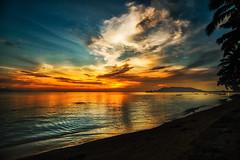 Sunset (Jutta M. Jenning) Tags: sonnenuntergang himmel orange sundown thailand asien kohphangan wasser meer lichtschauspiel abend abendlicht daemmerung sunset landschaft natur nature relax ruhe stille thongsala