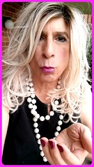 Happy Sunday 🎶🎵💋💋💋 (bevhills2) Tags: blonde blondehair kissme kiss blond littleblackdress littledress lipstick ombre pearls tranny transgender trans trannygirlfriend