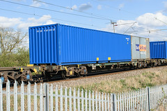 607090 Kingsthorpe 310317 (Dan86401) Tags: 607090 607 fta freightliner fl inner intermodal modal containerflat wagon freight wilsonscrossing kingsthorpe northampton wcml 4m87
