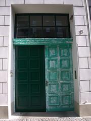 Gate, 문 (ott1004) Tags: charlottenstrasseberlin 베를린티비탑 4seasons 봄 여름 가을 겨울 사계절 jahreszeiten fourseasons berlin 노을 문 입구 젠다르멘광장 쵸코렛가게 눈 snow