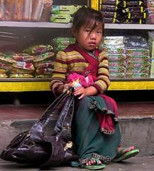 NEPAL, Auf dem Weg nach Pokhara, 16027/8288 (roba66) Tags: kind child girl cute mädchen reisen travel explore voyages roba66 visit urlaub nepal asien asia südasien pokhara kid kinder children kids