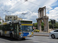 traffic passing Hadrian's Arch IMG_8252 (mygreecetravelblog) Tags: hadriansarch hadriansgate archofhadrian arch monument historicsite outdoor landscape traffic street road vehicles greece attica athens athensgreece city centralathens athenscenter athenshistoricalcenter