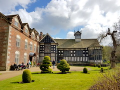 20170415_144546 (dkmcr) Tags: ruffordoldhall nationaltrust tudor heritage history lancashire daytrip attraction tourist rufford 15th april 2017 building landscape scenery