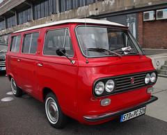 Fiat Van (Schwanzus_Longus) Tags: schuppen eins 1 bremen german germany italy italian old classic vintage window van bus red fiat 850t familiare