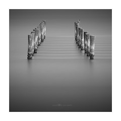 intimate convergences (paolo paccagnella) Tags: paccagnellapaolo phpph© ©2017 primephoto longexposuremonochrome landscape light longexposure le canonequipment eos5dm3 framework seascape flickr foto photo ambiente activity ass acqua aquae water white work waves waterscape wn bn bw blackandwhite best nero biancoenero neroebianco fineartprint fineart dcm intimate beautiful bj zona territorio veneto vallepadana italy italia minimal minimalist minimalism