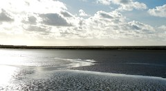 Waddenzee (moi plaatjes) Tags: waddenzee sunset clouds reflection