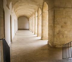 Leica X1 - Cours Mably (Jean-Manuel Alvarez) Tags: cours mably bordeaux triangle dor centre ville france gironde aquitaine city architecture carré pierre light lumière leica x1