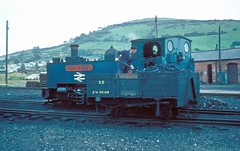 Owain Glyndwr  Aberystwyth  22.07.75 (w. + h. brutzer) Tags: aberystwyth webru eisenbahn eisenbahnen train trains england dampflok dampfloks steam lokomotive locomotive analog nikon railway