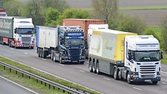 Scanias! (panmanstan) Tags: scania r620 r440 wagon truck lorry commercial freight transport haulage vehicle m18 motorway langham yorkshire