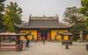 temple Longhua (willaxphotographie) Tags: temple chine shanghai asie asia street photographie wwwwillaxphotographiefr gate view china flickr photo life airfrance klm groundstaffer tamron 18270 canon sony xperia canoneos80d fenek fé pentax k100d chelmi73