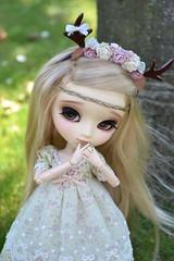 Vanille en forêt (~Louna~) Tags: nature fairy pullip fullcustom