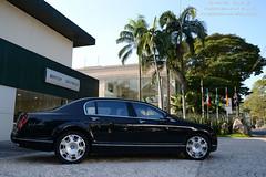 Bentley Continental Flying Spur (Raphael Valena) Tags: brazil black cars brasil spur avenida flying nikon automobile europa continental preto sp carros british paulo gt sao bentley w12 exotics exoticos automoveis 2013 exclusivos d3100