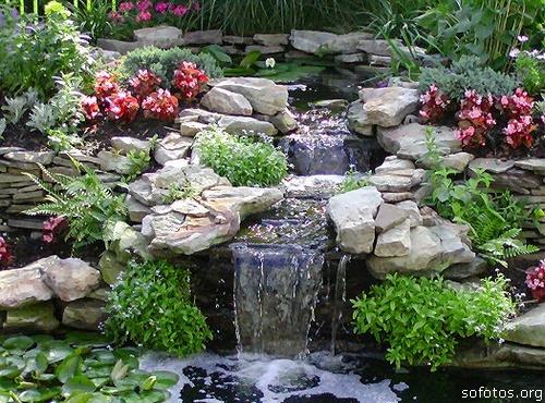 Paisagismo e jardinagem cachoeira artificial
