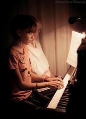 Piano lessons (Sli72) Tags: life portrait music composition reflex hands heart piano mani lightroom tamron2875mm eos500d