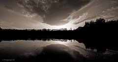Posta panoramica a Grauges (Pep Companyó - Barraló) Tags: barcelona sol de al catalunya posta avia llac reflexe nwn bergueda josep riera companyó barralo grauges