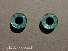 tin2 (Oly in Wonderland) Tags: glitter sparkle handpainted blythe wonderland oly eyechips olyinwonderland