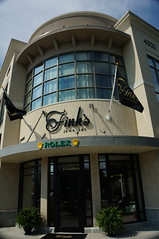 Finks Jewelers (Visit North Hills) Tags: fashion sign shop shopping exterior jewelry raleigh midtown gifts storefront northhills finks sectionb midtownraleigh finksjewelers jonmasterson finksjewelry