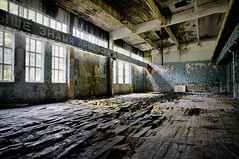 (Farlakes) Tags: abandoned germany decay soviet ddr former exploration gym eastern airbase farlakes