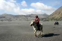 Bromo Tengger Semeru National Park (Ahmad Fuad Morad) Tags: indonesia mountbromo eastjava jawatimur bromotenggersemerunationalpark mountbatok gunungbatok tenggersandsea lautpasirtengger kawahtengger