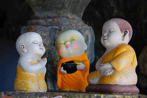 Thailand, Hua-Hin, buddhist monks figures