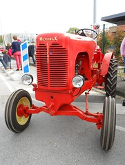 Tracteur MICROMAX (1948) Moteur PEUGEOT 202 (xavnco2) Tags: orange tractor france 1948 farm garage farming engine agriculture peugeot 202 tracteur picardie trattore moteur somme compiègne agricoltura motore agricole micromax fercot