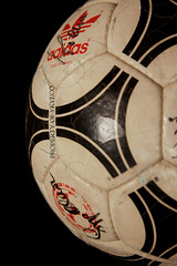 TANGO MUNDIAL OFFICIAL FIFA 1984 ADIDAS MATCH BALL 10 (ykyeco) Tags: tango mundial official fifa 1984 adidas match ball uefa euro france platini 阿迪达斯足球 pallone ballon balon soccer football fussball spielball omb palla pelota 球ボール 공 bola мяч ลูกบอลكرة top pilka matchball