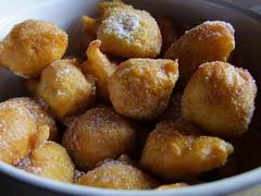 Bunyols (Grand-Pappà...) Tags: auvergne hauteloire hautesterres lobeç gîtedenfants cuisine beignet bunyols bugnes fabricationmaison