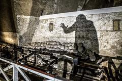 O' Munaciello - cimitero delle fontanelle - napoli (michele liberti) Tags: cimiterodellefontanelle omunaciello storieeleggende sacroeprofano naples napoli italy