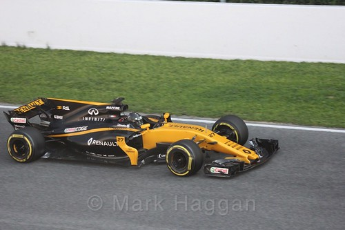 Nico Hülkenberg in his Renault in Formula One Winter Testing 2017
