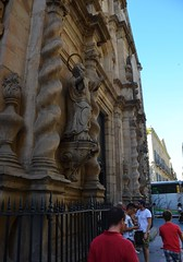 BCN 1 - 2016-08-06 - DSC_12363 (bix02138) Tags: barcelona2016day1•august62016 europe2016day12•august62016 barcelonacatalunyaespanya barcelonacataluñaespaña barcelonacataloniaspain barcelona catalunya espanya cataluña españa catalonia spain 2016 august6 ©2016lewisbrianday