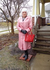 High And Dry (Laurette Victoria) Tags: raincoat pink boots woman silver milwaukee laurette purse gloves