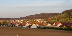 Its evening in Dahenfeld. (andreasheinrich) Tags: landscape village fields forest spring april evening sunny warm germany badenwürttemberg neckarsulm dahenfeld deutschland landschaft dorf felder wald frühling abend sonnig nikond7000