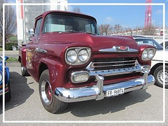 Chevrolet Apache, 1958 (v8dub) Tags: chevrolet apache 1958 chevy pritsche up pick pickup step side schweiz suisse switzerland fribourg freiburg otm american gm pkw voiture car wagen worldcars auto automobile automotive old oldtimer oldcar klassik classic collector