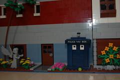 Close up TARDIS (sander_koenen92) Tags: lego modular house doctor dalek weeping angel jewelry food store