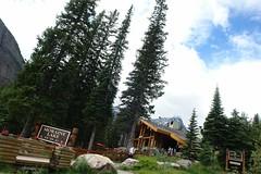 Moraine Lake, Banff National Park (Alberta, Canada) (Marianna Rios Franco) Tags: morainelake alberta banffnationalpark canada