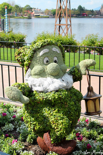 Happy Topiary