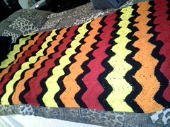 beppa41 (The Crochet Crowd) Tags: ripple crochet mikey yarn blanket afghan april redheart chevron challenge freepattern 2013 freecrochetpattern thecrochetcrowd oceanoceanwavesafghan