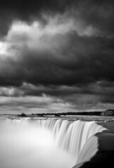 Horseshoe Falls (chris lazzery) Tags: blackandwhite ontario canada monochrome niagarafalls waterfall horseshoefalls canonef24105mmf4l 5dmarkii bw30nd