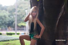 Thaina Hadmad (Vanderlei Gomes Fotografia :-]) Tags: parque iris brazil woman colors girl sex brasil america cores model agua memorial sweet mulher chuva modelo sexo teen blonde garota beleza latina paulo menina arco so baidu branca loira guarda umbrela feminina rockeira