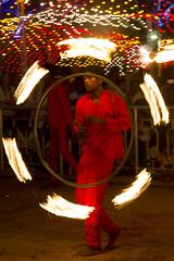Playing with fire during a hindu festival in Sri Lanka (Bertrand Linet) Tags: asia srilanka ceylon ශ්රීලංකාව இலங்கை bertrandlinet śrīlaṃkāva ilaṅkai