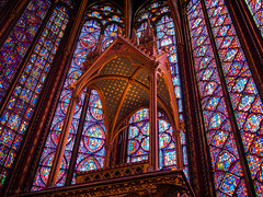 Let There Be Light (RobertCross1 (off and on)) Tags: light paris france church window glass architecture europe religion gothic stainedglass olympus omd saintechapelle m43 em5 microfourthirds mygearandme mygearandmepremium mygearandmebronze mygearandmesilver 20mmf17panasonic vision:text=0549 vision:outdoor=061