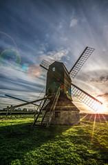 Stevington sunset (grbush) Tags: sunset windmill bedfordshire postmill stevington stevingtonwindmill tokinaatx116prodxaf1116mmf28 sonyslta77