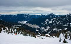 Blick vom Skigebiet Dachstein-West nach Gosau (Kretzsche93) Tags: schnee winter snow ski cold west salzburg austria österreich dachstein blick oberösterreich vom januar nach sessellift annaberg kälte 2014 gosau wenig skigebiet wärme 4er bergbahnen dachsteinwest schneekanonen rusbach törleck