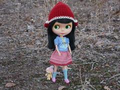 Come on Teddy... (menahmonkey) Tags: doll handmade bean greeneyes blythe goldie sabine allgoldinone bl