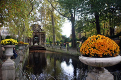 Medici Fountain, Luxembourg Gardens (R. O. Flinn) Tags: flowers autumn paris france fall fountain gardens geraniums luxembourg medici