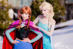 Anna and Elsa of Arendelle by Yuurisans Katsucon 2014 Disney Frozen Cosplay (WhiteDesertSun) Tags: anna snow cindy lost shoe frozen costume twins cosplay disney karen queen cos elsa con katsucon 2014 my i yuurisans arendelle yuuric yuurik